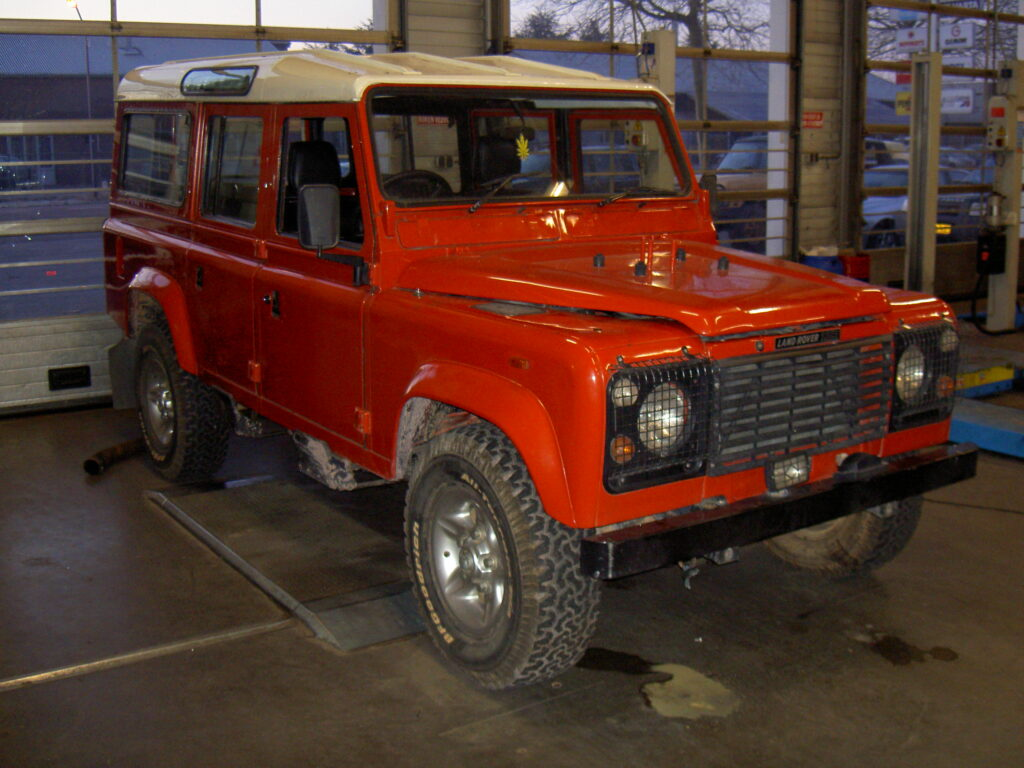 restauratie Land Rover Defender 110
